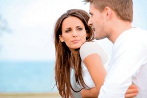 10 صفات تريدها المرأة في الرجل