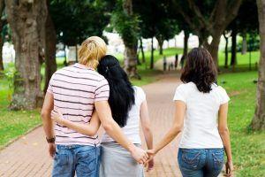 ما هي الأسباب التي قد تدفع أحد الزوجين إلى الخيانة الزوجية