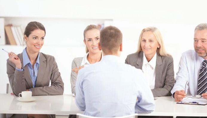تحدث عن عيوبك في المقابلات الشخصية دون ترك انطباع سلبي عنك