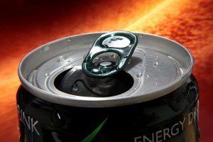 مشروب الطاقة ريد بول ما الذي يفعله بجسمك وكيف تقلل من تناوله؟