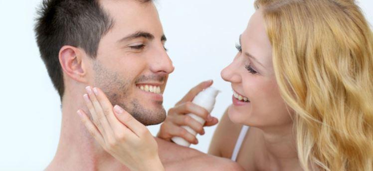 تنظيف البشرة للرجال .. كيف تستخدم الزيت كمنظف للوجه