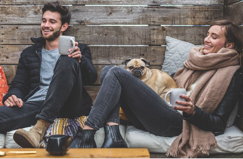 ماذا يحب الرجل في المرأة .. هذه 10 أمور ضرورية في نظر الرجال