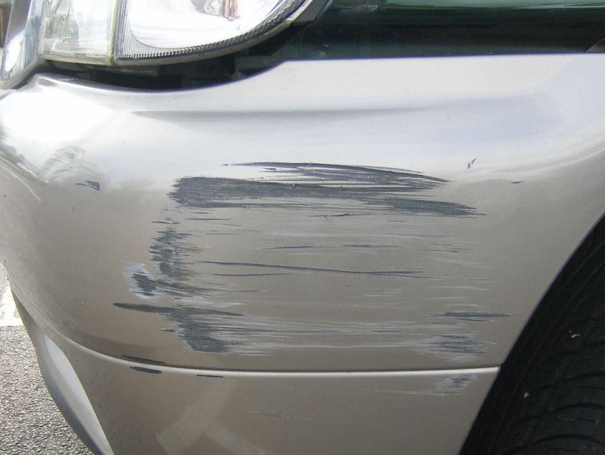 طرق إزالة خدوش السيارة نهائيًا وتلميعها